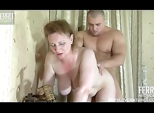 Old lady concocted for enlivened sexual connection all over the brush little one