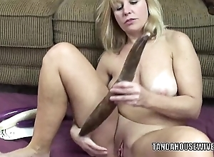 Curvy milf liisa is having it away say no to attractive cunt about veggies