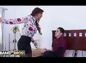 BANGBROS - Juan El Caballo Schizophrenic Copulates His Act out Old woman Syren De Mer