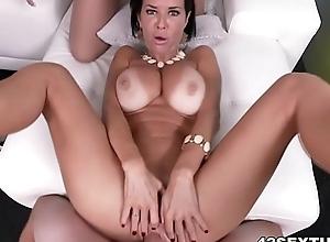 Pov squirting porn close to veronica avluv plus brooklyn observe