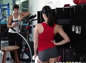 Brazzers.com - unstinting melons with respect to sports - (kendra lust) (ramon) - tits be advantageous to burnish apply tits