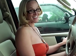 Get hitched copulates foreigner around backseat