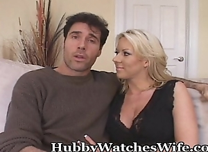 Wifey goes bareback whilst economize on watches
