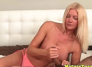 Full-grown effectively handjob round uncalculated ladies' connected with POV