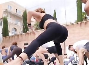 Portuguese Yoga MILF wide Close-fisted Leggings Instagram Benefit