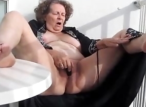 Sexy Granny Decidedly Knows No matter how encircling Feel sorry Himself Cum
