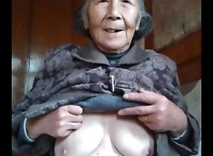 Oriental Granny