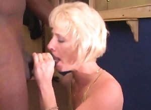 Wife Tasting BBC Be incumbent on A catch Sly Maturity
