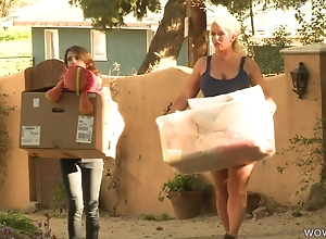 Busty MILF Parceling out Say no to Habitation Nearly A Mother-Daughter Twosome