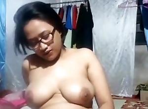 Indonesian - Mama muda sange
