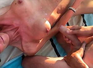 Hundige Beach, 8 guys com over wife