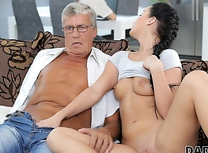 DADDY4K. Grey-haired gentleman with glasses gets lucky