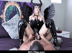 Horny MILF Witch In Black Latex Devours Cock on Halloween Night