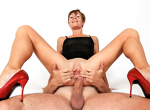 Sporty mature lady fucked hard