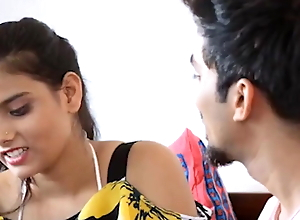 ghar pe aai guest ke saath sex (hindi audio)
