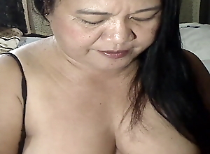 Hot pinay mom spreads for me