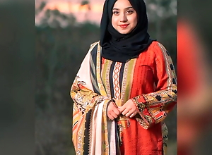 Paki wife Aisha from Islamabad fucking with husband's friend