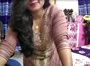 Indian with Big Ass and Big Tits Does Selfie cam show