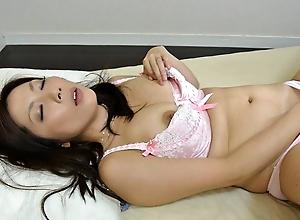 Japanese mature Mirei Yokoyama got caught, uncensored
