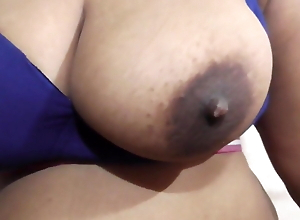 Indian Cums inside Pussy