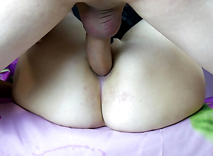 Big Ass Mom Loves When She Is Filled With Cum From A Big Fat Cock