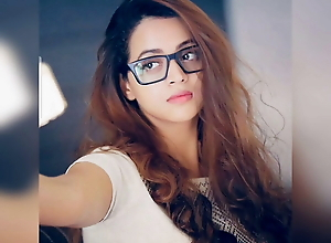 Mallu Bhavana Beautiful Boobs and seducing