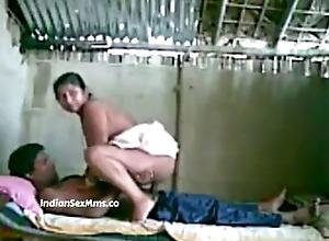 Desi Village Bhabhi sex with Devar mms Video