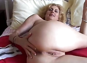 Cougar bonks say no to cum-hole relative to someone's skin ancillary be expeditious for bore